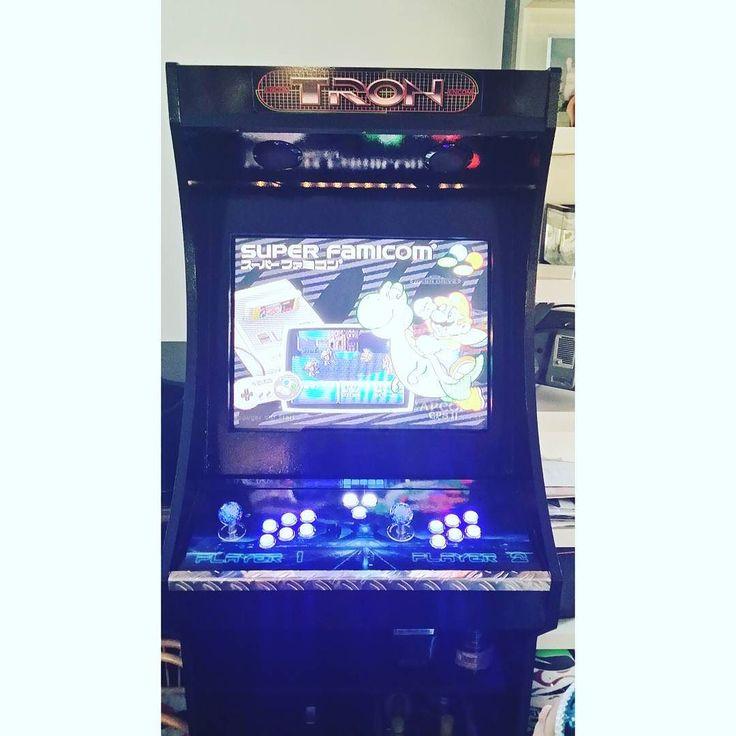 You'd like this one by mamanpinup #arcade #microhobbit (o) http://ift.tt/2bg7EpQ ! ! ! ! ! ! !  Bravo l'homme @tribale76  Qui qui c'est qui va devoir intégré une borne arcade dans sa déco ? C'est bibi :-) mais sa place est déjà trouvé mais chut je dis rien pour l'instant ;-) #bornearcade #retro #retrogamer #retrogaming  #nintendo #sega #console #gamer #tron #player1et2 #jeuxvideo #vintage #madecoamoi #dccv #myhome #futuredecoratriceinterieur #formation #decoratrice #ecole