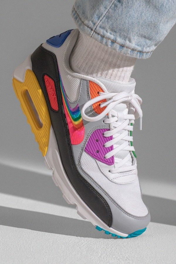 Nike apresenta coleção especial para o mês do Orgulho LGBTQ+