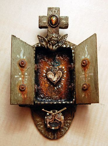 un maravilloso corazon de Jesus en pequeñito, le dice su 1ra pineadora: pocket shrines