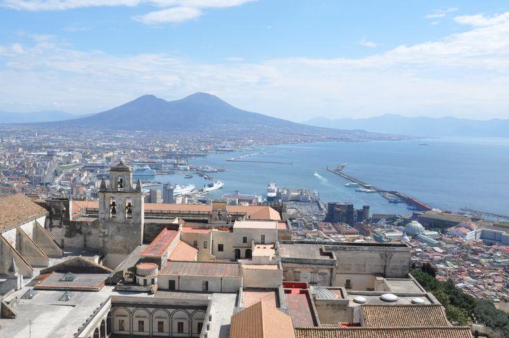Anarchique, bruyante et désordonnée... C'est la réputation de Naples, mais c'est aussi ce qui fait son charme! 10 bonnes raisons de visiter la ville.