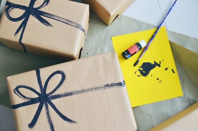 brown paper packages with painted on string // mycakies.com