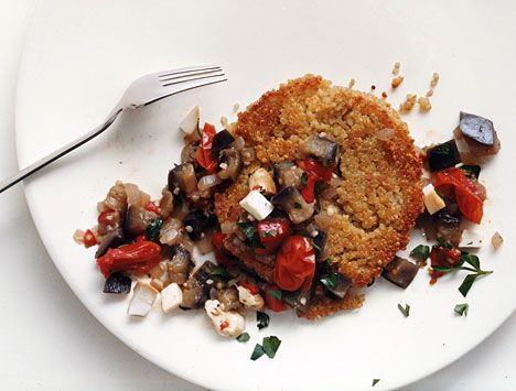 Quinoa Cakes with Eggplant-Tomato Ragu and Smoked Mozzarella - This looks like such a delicious alternative to the usual particulate formats.