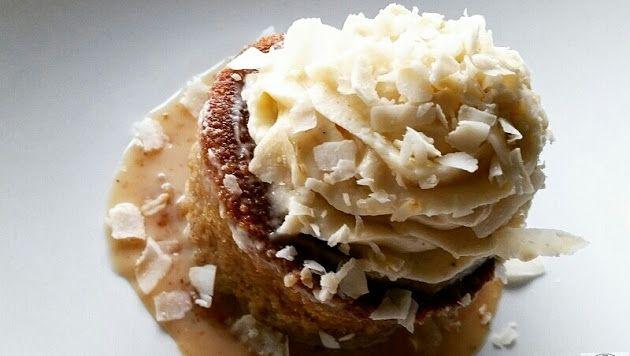 COCONUT CAKE W/MASCARPONE ICING