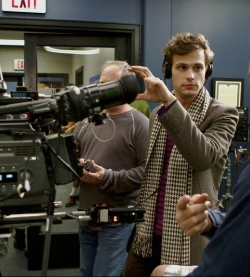 Matthew Gray Gubler directing an episode of Criminal Minds, oh will you marry me please? :)