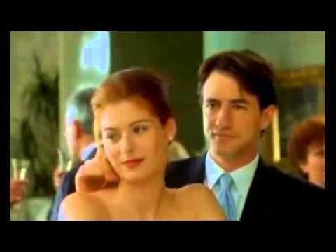 """Кадры из фильма The Wedding Date (""""Жених напрокат"""") США, 2005 год. В главных ролях: Дермот Малруни, Дебра Мессинг."""