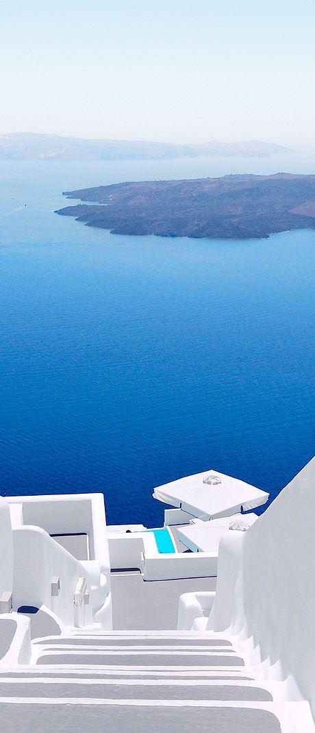Santorini Caldera, Greece. For luxury hotels in Santorini with Caldera Views visit http://www.mediteranique.com/hotels-greece/santorini/