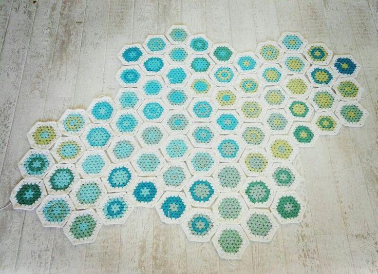 Hexagon blanket (in progress)
