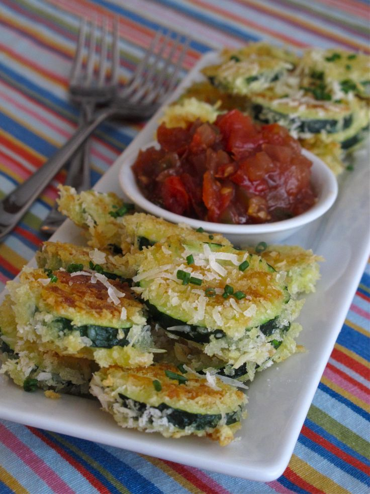'Chef for Everyday Life' Recipe of the Week: Parmesan Zucchini Crisps with Tomato Chutney