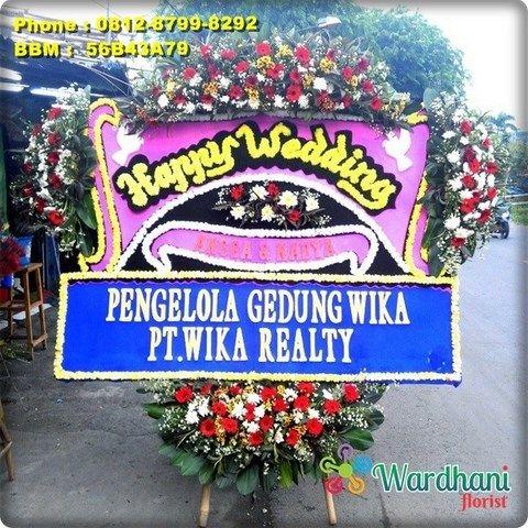 Bunga Papan Happy Wedding HW741WF