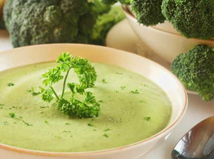 Broccoli- och Zucchinisoppa | Anna Skipper