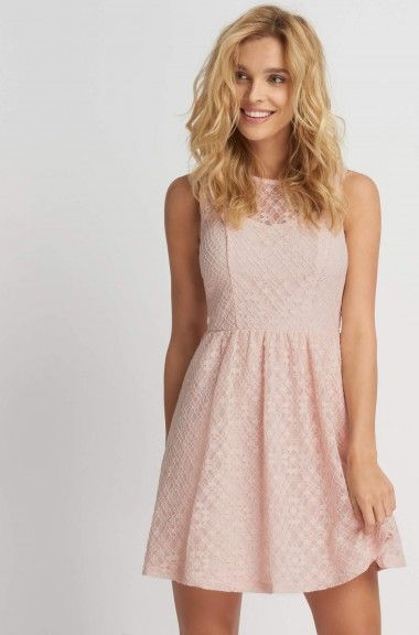 Čipkované mini šaty