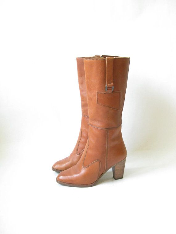 Vintage 80s Brown Leather Wooden Stacked heel Boho Boots.