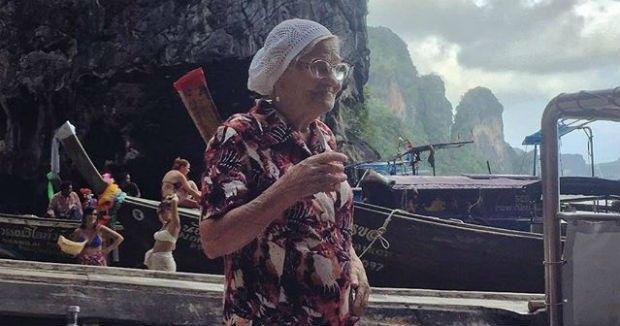 Para Baba Lena, viajar é uma maneira de se sentir viva e conhecer novas pessoas (Foto: Reprodução Instagram)