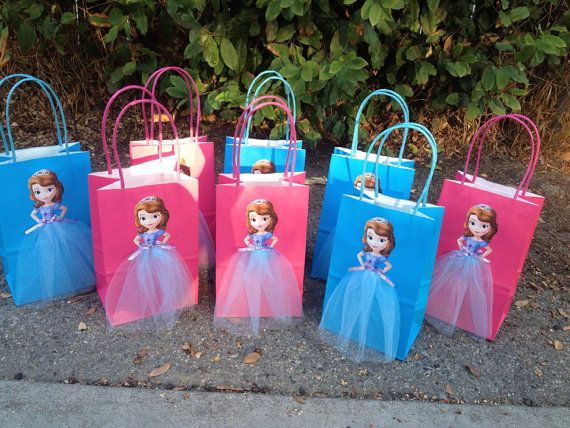 Disney Princess Sophia The First 6 Birthday Party Favor Bags on Etsy, $15.00....love to make these for a princess birthday for aubree :)