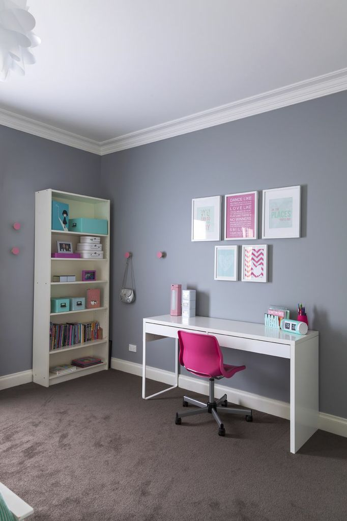 I've just finished this cool mint and pink room for a 10 year old girl. I've always loved this color combination - it's pretty,...