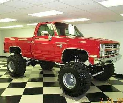 Nice Chevy 4x4 love this truck!!!