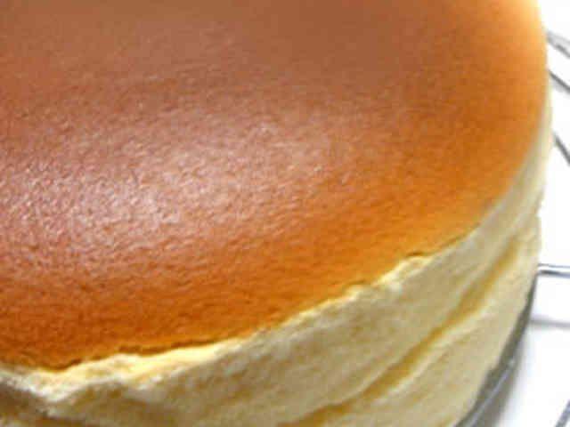 手軽に簡単。ある材料でスフレチーズケーキの画像