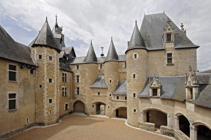 Château de fougère sur bièvre