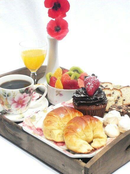 17 mejores ideas sobre desayuno en cama en pinterest - Preparar desayuno romantico ...