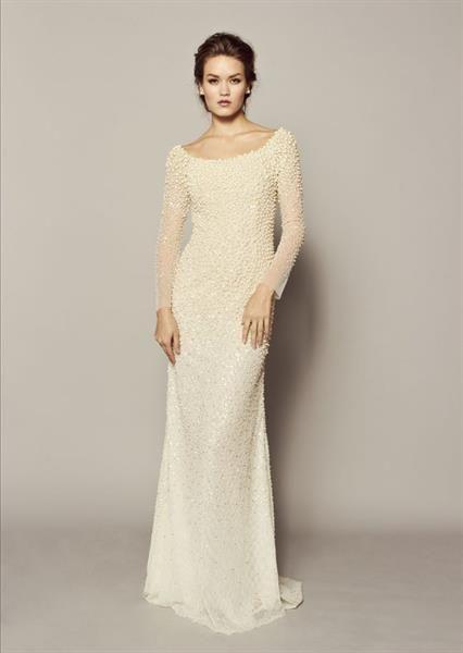 Прямое жесткое свадебное платье