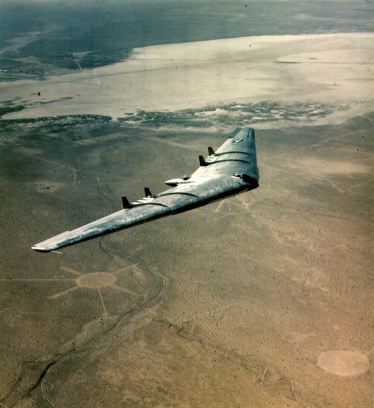 B-2 stealth bomber. You'll never even see it coming.: World War Ii, Heavy Bomber, Bomber Aircraft, Stealth Bomber, Northrop Flying, Northrop Yb49, Planes, Flying Wings, Northrop Yb 49