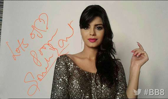 Sonali Raut   Bigg Boss 8   Selfie fever