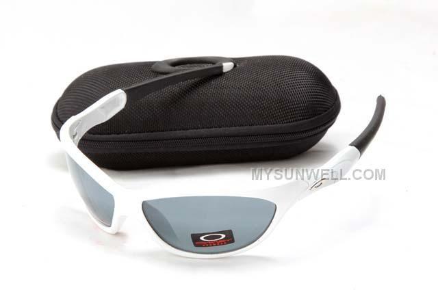 http://www.mysunwell.com/oakley-flak-jacket-sunglass-5836-white-frame-grey-lens-sale-cheap.html OAKLEY FLAK JACKET SUNGLASS 5836 WHITE FRAME GREY LENS #SALE #CHEAP Only $25.00 , Free Shipping!