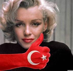 Ejemplo: Tu foto de perfil con el pulgar arriba y la bandera de Turquía