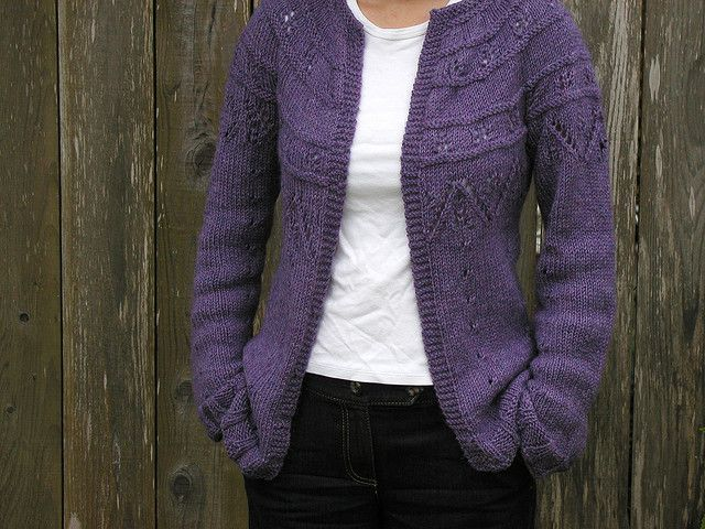 Raglan Jacket Knitting Pattern : 17 Best images about Knitted ladies Jackets on Pinterest Cable, Drops desig...