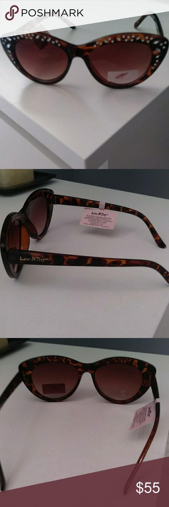 Óculos de Sol Betsey Johnson. O que outras pessoas estão dizendo   – My Posh Picks