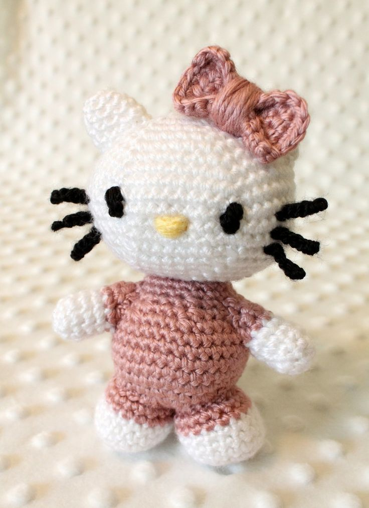 Hello Kitty Toy Knitting Pattern Free : Crocheted Hello Kitty Doll   Free Amigurumi Crochet Pattern and Tutorial by L...