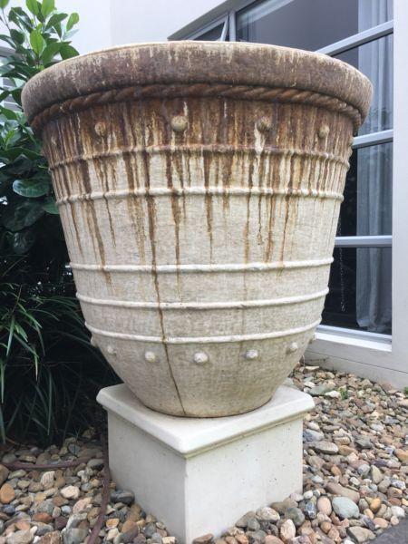 Large Fibregl Pot With Plinth Base Pots Garden Beds Gumtree Australia Gold Coast