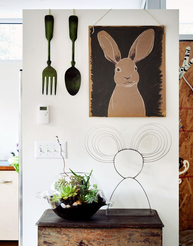 Rabbit, Ideas, Bunnies Art, Kitchens Wall, Interiors, Rustic Kitchens, Country Decor, Little Kitchens, Design Home