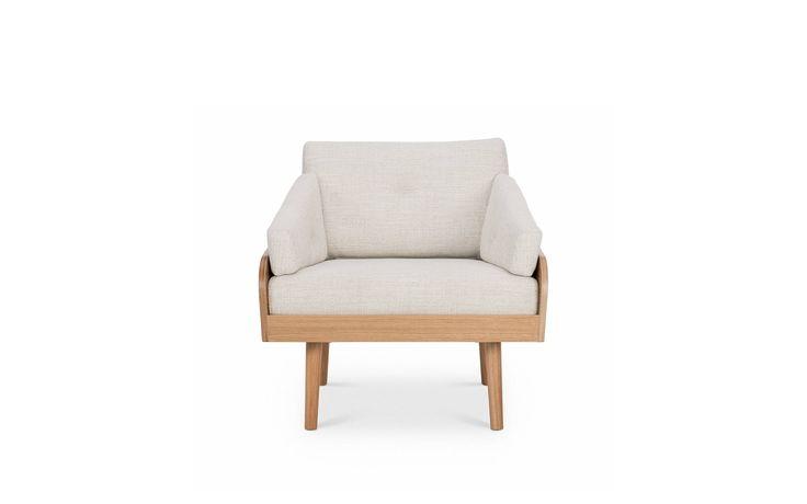 Case armchair