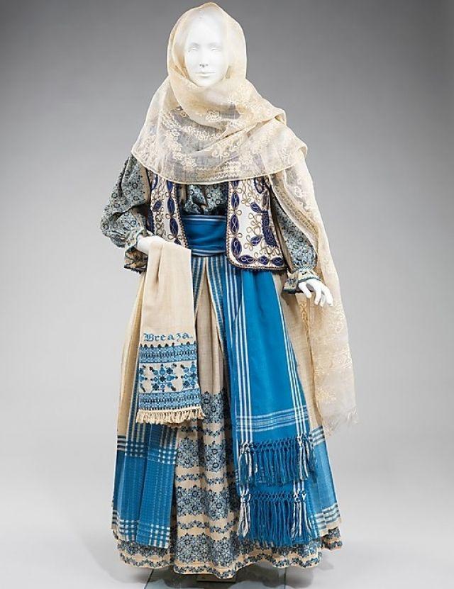 Romanian folk costume, late 19th century