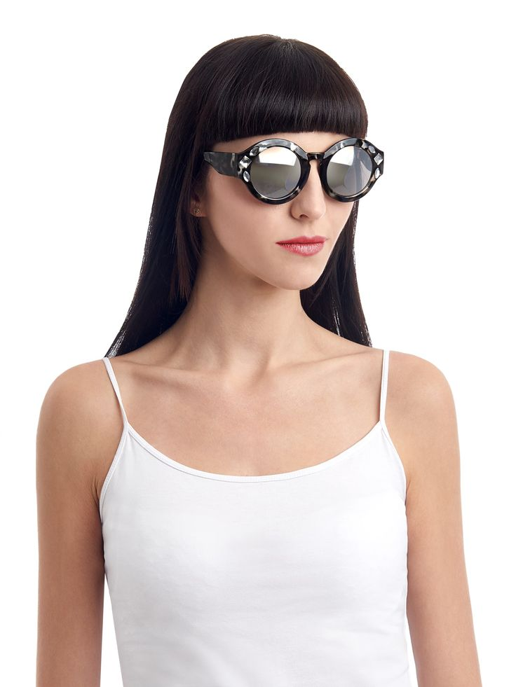 Samara sunglasses by the MIX: The mystical witch of the west, Samara is as changeable as stormy skies.