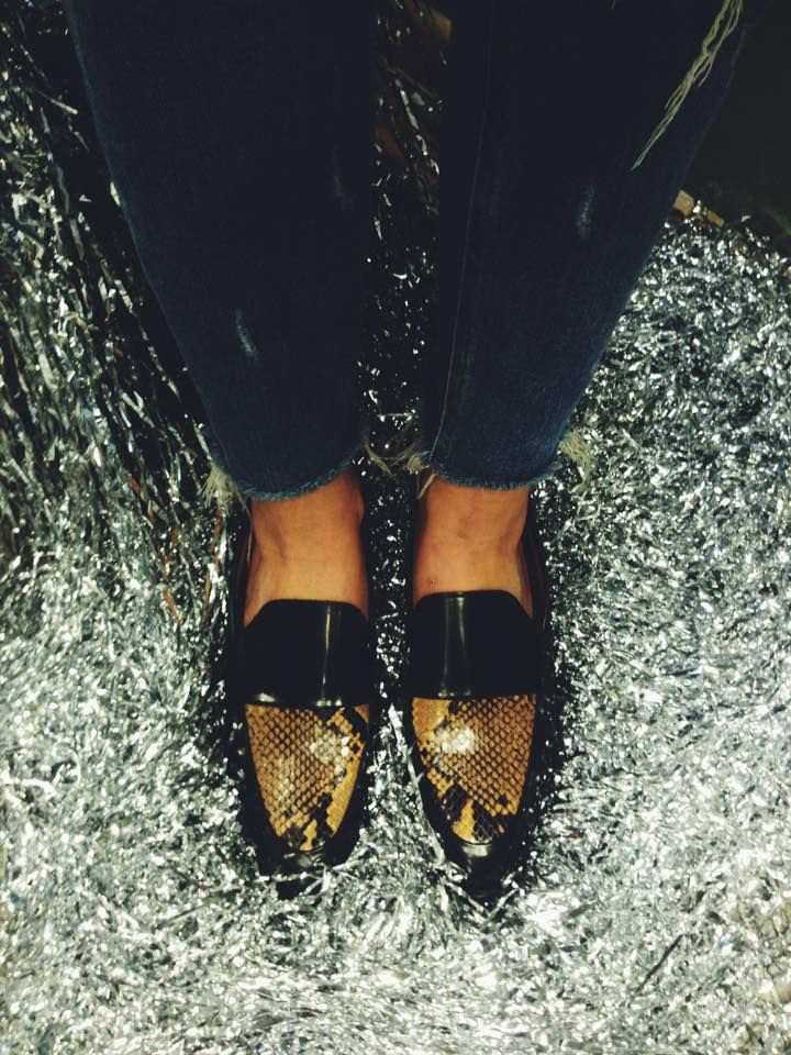 Definitely the print of the season snake skin.. Treat yourself to our #NicoleLoafersShoes #OnSaLesNow #sidervaluablesteps