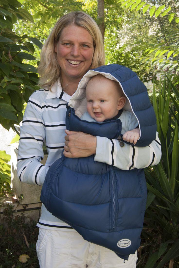 l Portenfant è incredibilmente morbido e caldo per i bambini piccoli, pratico e sicuro per i genitori. Portandolo sempre con voi, non avrete bisogno di altre coperte quando siete in giro, ed il vostro bambino potrà dormire nella massima comodità. Il nostro portenfant è un prodotto esclusivo e multi-funzionale, un bozzolo morbido e caldo che avvolge il vostro neonato, lo mantiene al sicuro e poi cresce con lui