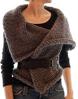Vest/wrap. If I knit this I'd modify the collar, make it a little smaller. Chunky wool : knit up so fast