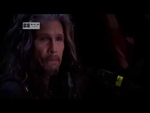 "Haunting Piano Cover Of ""Dream On"" Proves Steven Tyler Will Always Be Iconic 