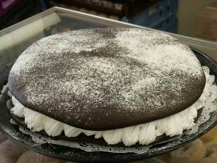 Whoopie Pies, chocolate whoopie pies, Maine Whoopie Pies, desserts, chocolate, wicked whoopies, Valentines day, Maine