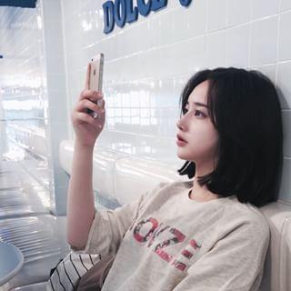 Instagram photo by hwa.min - 여름이야 완전