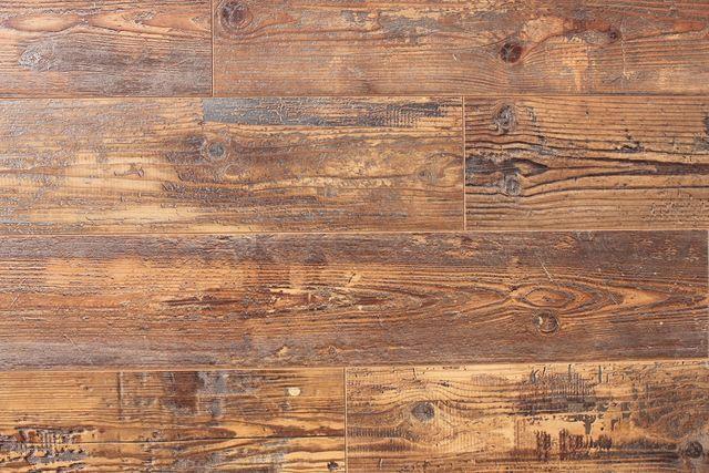 Barnwood Classics   Linco Laminate Flooring   6.5