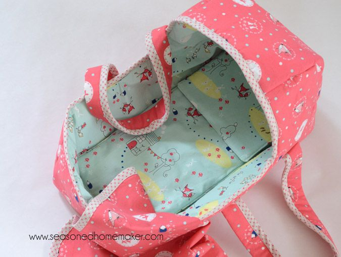 The Seasoned HomemakerMake a Baby Doll Basket
