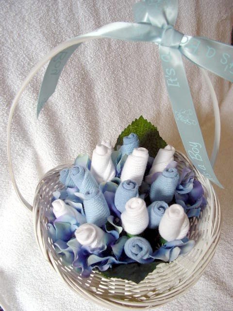 baby sock bouquet shower centerpiece | Baby Shower ...