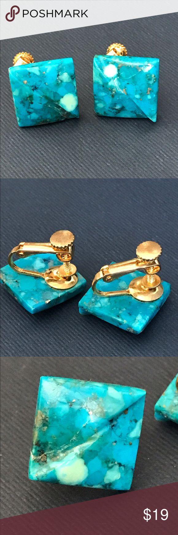 Vintage turquoise square screw back earrings Beautiful turquoise, vintage screw back earrings Vintage Jewelry Earrings
