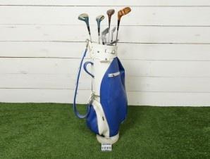 Sacca da golf in pelle blu completo di 3 mazze da golf in legno