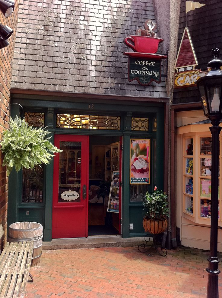 Gatliburg Coffee Shop & Coffee - YUM!