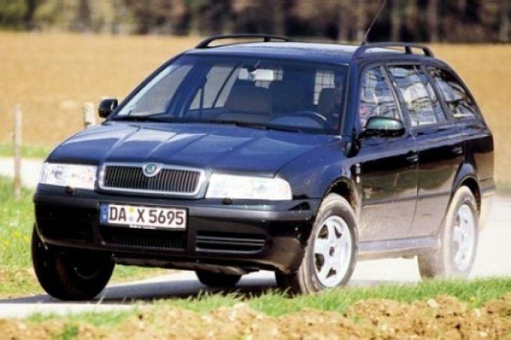 Den Allrad-Skoda Octavia gibt es mit Diesel, doch zu wenig Bodenfreiheit. Wächtersbach bietet den Ausweg: Höherlegung auf 185 ...