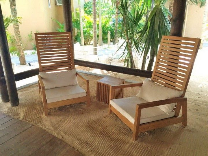 Create a relaxed space to entertain family and friends with comfortable deep-seated chairs  #loungechair #bali #balifurniture #jepara #jeparafurniture #aluminumfurniture #aluminiumfurniture #dining #diningchair #design #designmag #designideas #furniture #indoorfurniture #interior #interiordesign #interiorideas #teakfurniture #teakwood #woodenfurniture #sofa